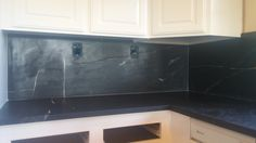 Full Height Sierra Black Belinda Back Splash