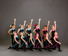 Group Dance Picture Poses, Dance Poses, Dance Pictures, Photo Poses, Dance Team Photography, Ballet Photography, Dance Like No One Is Watching, Just Dance, Group Dance