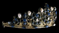 Princess Irina Yusupov of Russia had a magnificent collection of jewelry. This was her Sapphire Tiara