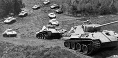 Massive Panther column up incline, counting 12 Panthers #worldwar2 #tanks