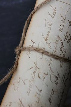 old letters.a lost art? Old Letters, Beautiful Handwriting, French Handwriting, Dragonfly In Amber, Summer Romance, Handwritten Letters, Cursive Letters, Lost Art, Penmanship