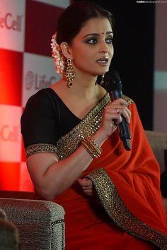 Aishwarya Rai Looks Stunning In Saree At The Launch Of Umbilical Cord Stem Cell Bank 'Lifecell' In Mumbai ~ bollywood Aishwarya Rai Photo, Actress Aishwarya Rai, Aishwarya Rai Bachchan, Bollywood Actress, Aishwarya Rai Pictures, Deepika Padukone, Cannes Film Festival 2014, Indian Photoshoot, World Most Beautiful Woman