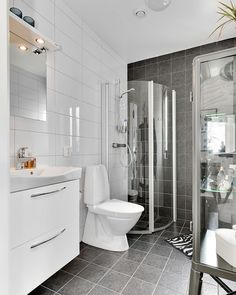 Find Out More On Incredible Bathroom Tubs Bathroom Inspo, Simple Bathroom, Bathroom Interior, Built In Bathtub, Bathtub Shower, Bathroom Tubs, Bathtub Remodel, Amazing Bathrooms, House