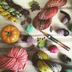 I've filled my studio with Autumn this month - and I really loved being able to share all the gorgeous yarns and colours over on my new blog. I'd love it if you popped over to say hi. Link in profile