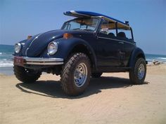 Baja Turf & Surf VW Bug) because charlie, and the zombies, don't surf! Fusca Cross, Volkswagen Germany, Vw Baja Bug, Sand Rail, Bug Out Vehicle, Beach Buggy, Vw Cars, Sweet Cars, Vw T1