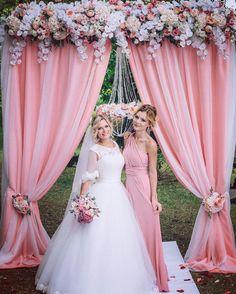 ❤️ #мояродная #самая #невеста #отдалавнадежныеруки #свадьба #выезднаяцеремония #розовыйкварц #одинизлучшихднейлета #будьсчастлива #евпатория #крым -- фото @grabovsky.photo декор @anna_drukar платье @bogdana_salon_arwen