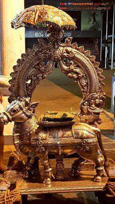 Shiva Linga, Shiva Shakti, Ganesh Chaturthi Decoration, Lakshmi Images, Hindu Dharma, Shiva Art, Pooja Rooms, Indian Heritage, Durga Goddess
