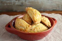 These little individual cheese pies are the quintessential Greek snack food, the kind of food I grew up with in Greece and an all-time personal favorite. Greek moms and grandmothers make them for . Greek Cheese Pie, Cheese Pies, Yummy Appetizers, Appetizer Recipes, Snack Recipes, Cake Recipes, Portable Snacks, Savory Tart, Savory Muffins