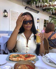 Black Girl Magic, Black Girls, Belle Nana, Bougie Black Girl, Vetement Fashion, Beautiful Black Girl, Beautiful Life, Black Luxury, Black Girl Aesthetic