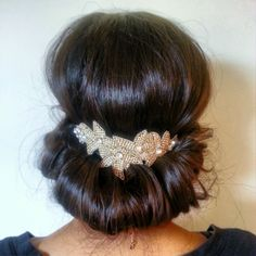 "Pink Pewter ""Melissa"" Silver Headband worn on the back  -- such a great idea!!"