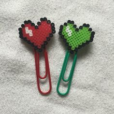 Items similar to Perler Bead Heart Planner Clip on Etsy Perler Beads, Perler Bead Art, Pearler Bead Patterns, Perler Patterns, Beaded Bookmarks, Fusion Beads, Iron Beads, Melting Beads, Bijoux Diy