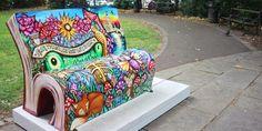 Nell'estate del 2014 sono state installate a Londra 50 panchine a forma di libro aperto decorate da illustratori ed artisti locali. Scopriamole tutte...