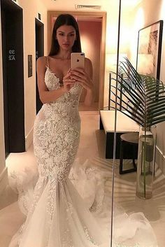 Spaghetti Straps Mermaid Wedding Dresses,Appliqued V-neck Tulle Wedding Dress,Bridal Gown