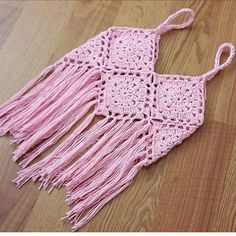 This Pin was discovered by Nur Crochet Cardigan Pattern, Crochet Jacket, Crochet Blouse, Crochet Shawl, Crochet Baby, Free Crochet, Crochet Bikini, Knit Crochet, Crochet Patterns