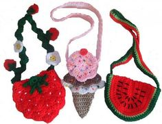 Check out all the cute little purses on this website to make for your little angels!!