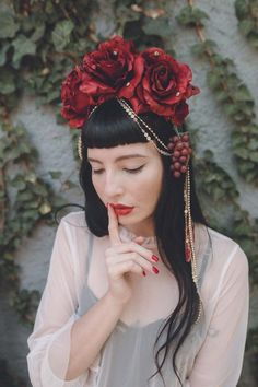 Brazil Carnival Costume, Carnival Costumes, Frida Kahlo Wedding, Princess Tutu, Instagram Artist, Headgear, Bridal Hair, Fashion Photography, Rose