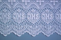 Altar Linens offers church linen lace designs that can be used as trim for both the fair linens and credence linens. Catholic Altar, Catholic Crafts, Filet Crochet, Crochet Lace, Sewing Lace, Home Altar, Altar Cloth, Church Banners, Lace Patterns