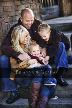 @Jen Mace  How cute is this???? Even just you and Jim could tickle Ky. I thought it was a cute family photo idea for you guys.