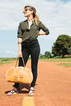 Sophia Bush and Sseko Designs in Uganda. Featuring the Bowler Bag and ribbon sandals by Sseko Designs. #ssekostyle