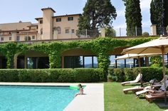 Easter with your family at Castello del Nero Hotel & Spa. Check availability on http://www.castellodelnero.com/easter_specialoffers-en.html