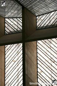 Alabaster Window of L.A. Cathedral. Obra de Rafael Moneo. Alabastro de la Ribera Baja del Ebro