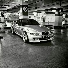 BMW Z3 M Roadster b&w