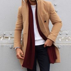Camel Coat | Men's Fashion | Menswear | Men's Outfit for Fall/Winter | Moda Masculina para Otoño/Invierno | Shop at designerclothingfans.com