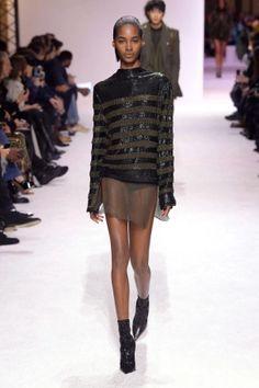 balmain menswear mens pfw pfwm paris runway @sssourabh Women's Runway Fashion, Mens Fall, Balmain, 21st, Menswear, Autumn, Sweaters, Clothes, Beautiful