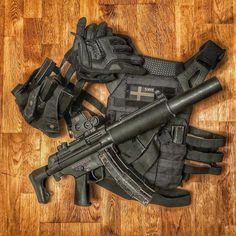 Spatting niggas in dis is dope Military Weapons, Weapons Guns, Guns And Ammo, Ktm Supermoto, Combat Gear, Submachine Gun, War Dogs, Arm Armor, Weapon Concept Art