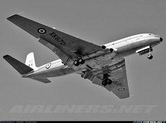 De Havilland DH-106 Comet C2 August 1961 XK670 'Corvus' 216 Sqd Lyneham
