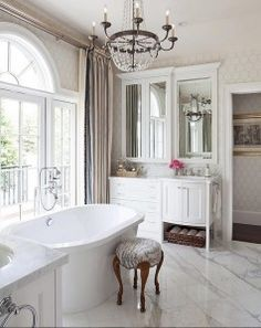Traditional Bathroom Ideas. Traditional Bathroom Photos And Ideas.  #TraditionalBathroom Wm. BadezimmerLuxuriöse InneneinrichtungKlassische ...