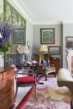 HOW TO DECORATE A GEORGIAN HOUSE : Georgian House Living Room - Max Rollitt | Interiors & Architecture. Even if don't live in a Georgian house, these pictures are pure joy