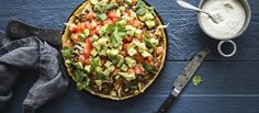 Cheddar, Vegetable Pizza, Guacamole, Zucchini, Food And Drink, Vegetables, Ethnic Recipes, Brunch Ideas, Cocktails