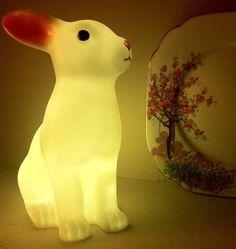 plastic-rabbit-night-light-kids-bedroom-lighting