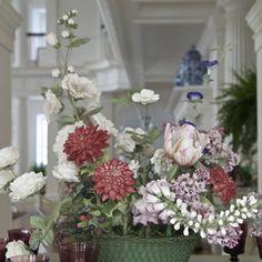 Porcelain flowers by #VladimirKanevsky