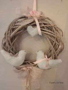 PASQUA DECORAZIONE / Easter / Italy Grapevine Wreath, Happy Easter, Diy And Crafts, Wreaths, Christmas Ornaments, Handmade, Rami, Shabby Chic, Decorations
