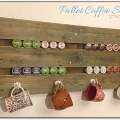 Fabulously Free Coffee Station - For months, I have looked at a drab, plain wall in my kitchen above my coffee station. There were two needs to address: storing… Pallet Crafts, Pallet Projects, Projects To Try, Diy Crafts, Pallet Ideas, Pallet Art, Craft Projects, Craft Ideas, Do It Yourself Furniture