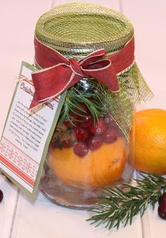 Christmas Potpourri Gift in a Jar - Thrifty and Thriving - This is a fun homemade gift that anyone would love to receive. I think these would be great gifts - Neighbor Christmas Gifts, Christmas Food Gifts, Diy Holiday Gifts, Christmas Baskets, Christmas Jars, Neighbor Gifts, Homemade Christmas Gifts, Thanksgiving Gifts, Homemade Gifts