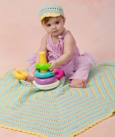 One Hexagon Baby Blanket Crochet Pattern #crochet #redheartyarns #annegeddes