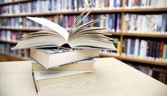 Notícia do site Universia Brasil. Link para download de livros clássicos da literatura portuguesa gratuitos. Leia!  (Crédito: Falconia/Shutterstock.com)
