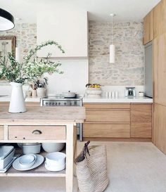 65 Beautiful Modern Scandinavian Kitchen Ideas You Will Love. Uncover More Lovely Modern Scandinavian Kitchen Ideas Wood Interior Design, Modern Interior, Wooden Kitchen, New Kitchen, Kitchen Interior, Kitchen Decor, Kitchen Ideas, Wood Interiors, Cuisines Design