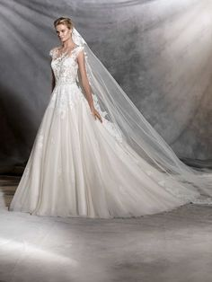 This Pronovias Ofelia princess wedding dress is an ode to springtime. Pronovias Ofelia princess wedding dress a real favourite of Mia Sposa Bridal Boutique. Princess Style Wedding Dresses, Wedding Dress Styles, Wedding Suits, Bridal Dresses, Wedding Gowns, Wedding Veil, Ivory Wedding, Event Dresses, Bridesmaid Dresses