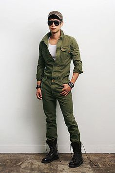 Mens Fashion Military Look Khaki One Piece Jumpsuit Overall Jean Gentlershop Military Fashion, Mens Fashion, Military Outfits, Military Clothing, Army Look, Military Looks, One Piece, Mens Fall, Swagg
