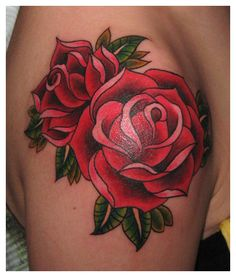 Fotos e significado da Tatuagem de rosa no ombro | Cliquetando