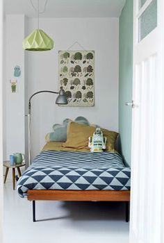 Beautiful ocean colours in this geometric boys room ~ 10 Lovely Little Boys Bedrooms | Tinyme Blog