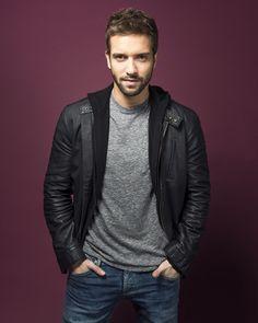 El guapísimo cantante español te robará el corazón. (Si no lo había hecho antes).