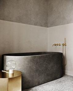 Minimalist Home Interior .Minimalist Home Interior Modern Bathtub, Modern Bathroom Design, Bathroom Interior Design, Modern House Design, Decor Interior Design, Interior Decorating, Decorating Ideas, Bathroom Designs, Bathtub Designs
