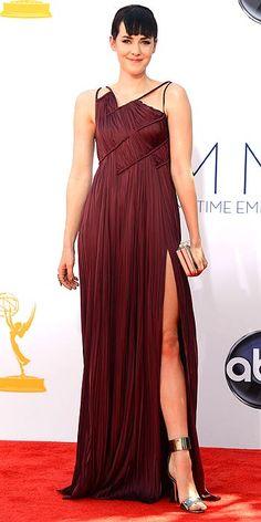 Jena Malone is on trend in an Oxblood color gown by J Mendel. #EmmyAwards #EmmyFashion #RedCarpet