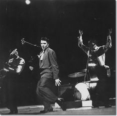 Elvis Presley : The Dorsey Brothers Stage Show : March 17, 1956. Wertheimer