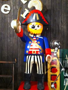 Playmobil g ant femme pirate bo te recipes to cook pinterest - Playmobil geant decoration ...